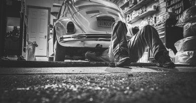 Nezapomeňte po zimě zkontrolovat stav svého auta!