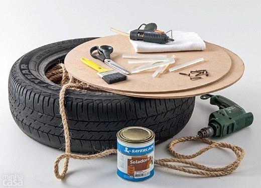 Štýlová taburetka z pneumatiky