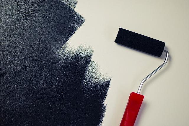 Vlákna válečků hrají roli. Jaké válečky volit při malování svépomocí?