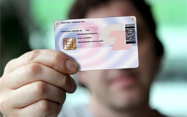 Zaměstnanecká versus modrá karta